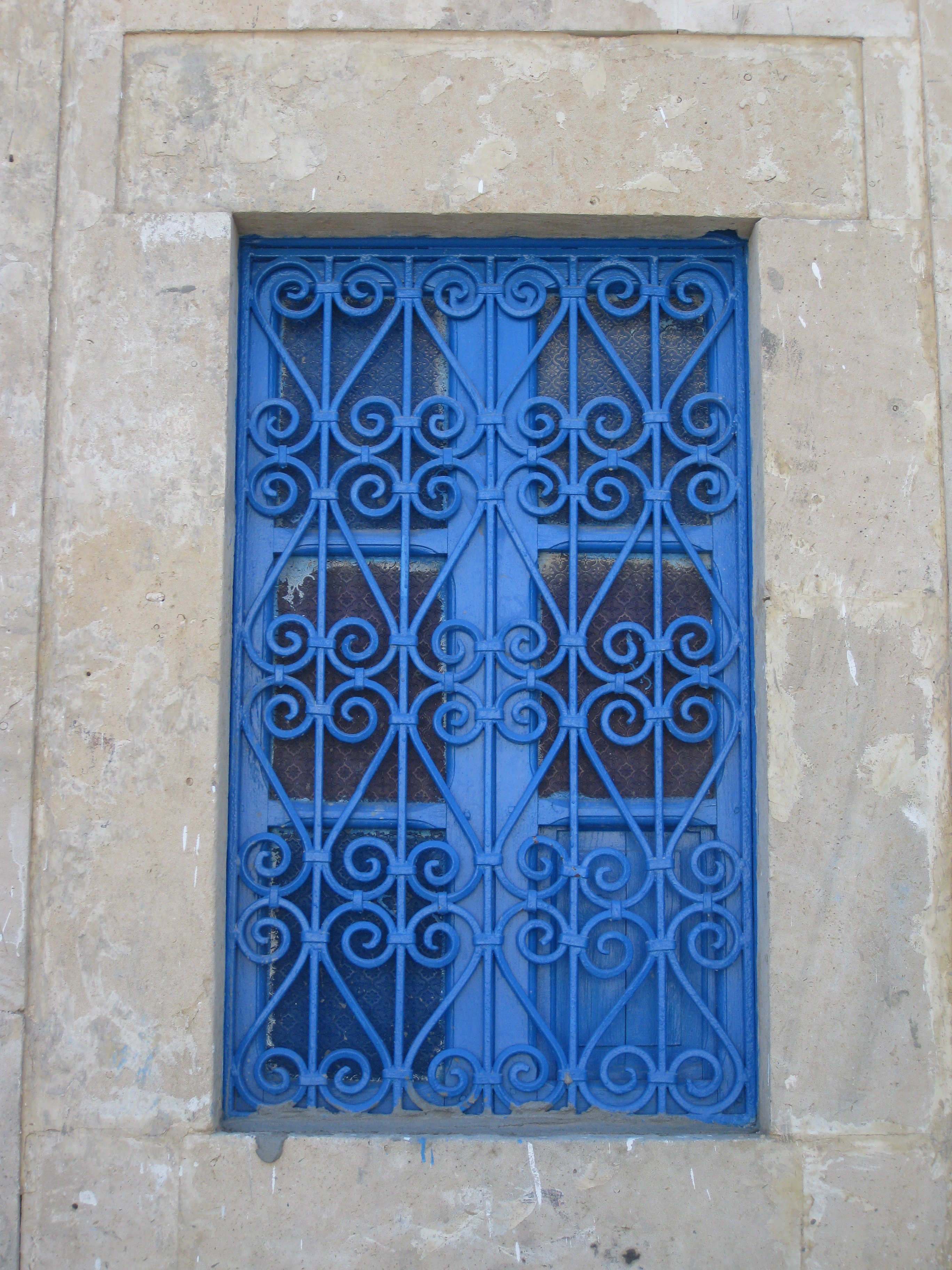 Abbaye de fontfroide leklektik for Porte fer forge tunisie