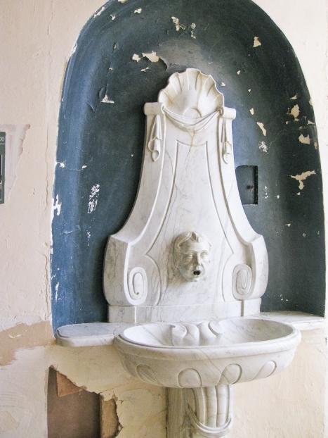 Cassan fontaine-1
