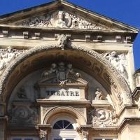Les fenêtres d'Avignon en trompe-l'oeil