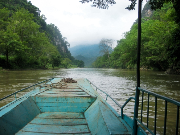 Vietnam la barque bleue