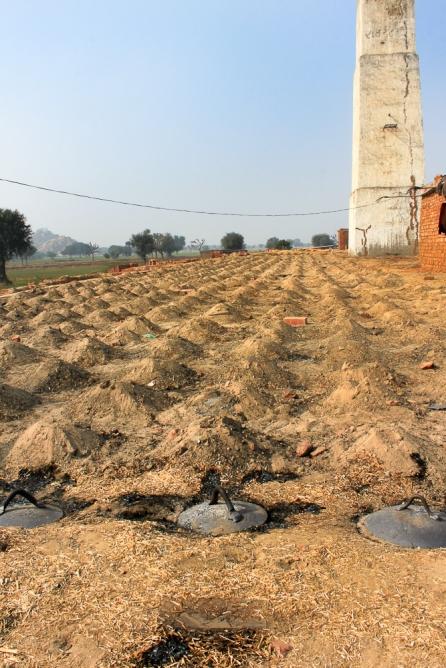 Dans une briqueterie en Inde,  IMG_9501-1