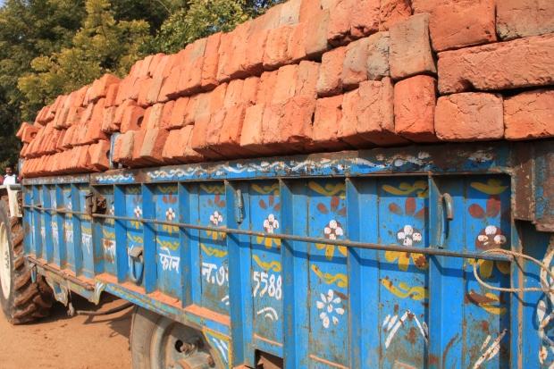 Dans une briqueterie en Inde,  IMG_9510