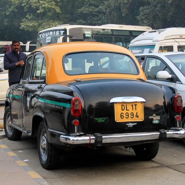 Car in Delhi IMG_9396-1-1