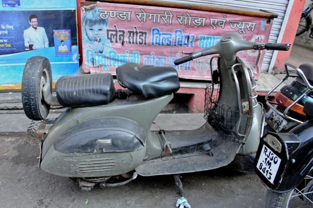 Motorbike in India   IMG_3036-1