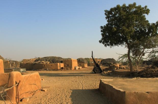 Une rue du village de Khuri