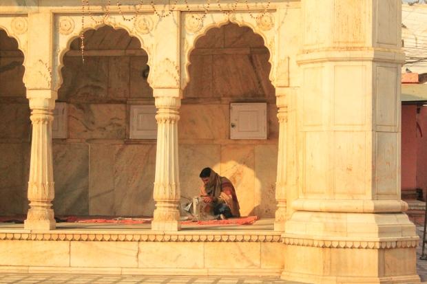 La cour du temple en marbre