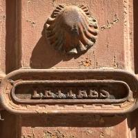 Des marteaux de portes à Pézenas