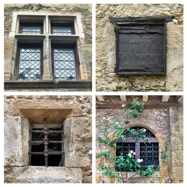 Aux Fenêtres de Pérouges 2.jpg