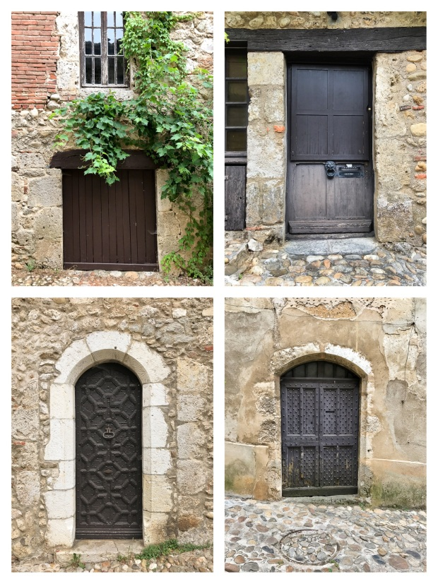 Aux portes de  Pérouges 3.jpg